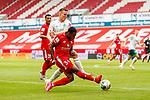 Ridle Baku (FSV Mainz 05) im Zweikampf mit Niklas Moisander (SV Werder Bremen), <br /> <br /> Sport: Fussball: 1. Bundesliga:: nphgm001:  Saison 19/20: 33. Spieltag: 1. FSV Mainz 05 vs SV Werder Bremen 20.06.2020<br /> Foto: Neis/Eibner/Pool/via gumzmedia/nordphoto<br /><br />DFB regulations prohibit any use of photographs as image sequences and/or quasi-video.<br />Editorial Use ONLY<br />National and International News Agencies OUT<br />  DFL REGULATIONS PROHIBIT ANY USE OF PHOTOGRAPHS AS IMAGE SEQUENCES AND OR QUASI VIDEO<br /> EDITORIAL USE ONLY<br /> NATIONAL AND INTERNATIONAL NEWS AGENCIES OUT