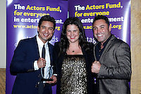 LOS ANGELES - DEC 3: Mario Lopez, Kathleen Cahill, Oscar De La Hoya at The Actors Fund's Looking Ahead Awards at the Taglyan Complex on December 3, 2015 in Los Angeles, California