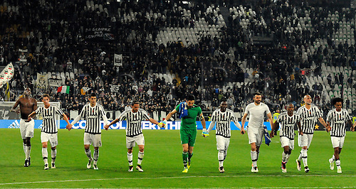02.04.2016. Juventus Stadium, Turin, Italy. Serie A Football. Juventus versus Empoli. Juventus players celebrate their 1-0 win at the end of the match