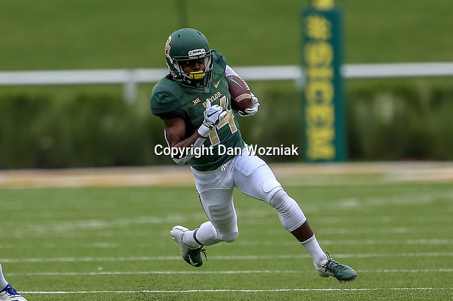 Baylor Bears wide receiver Chris Platt (14) in action during the game between the Kansas Jayhawks and the Baylor Bears at the McLane Stadium in Waco, Texas.