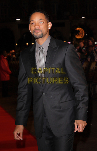 "WILL SMITH.""I Am Legend"" UK film premiere, Odeon Leicester Square, London, England..December 19th, 2007.half length black suit jacket goatee facial hair .CAP/ROS.©Steve Ross/Capital Pictures"
