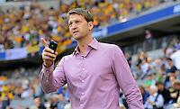 2. Oktober 2011: Muenchen, Allianz Arena: Fussball 2. Bundesliga, 10. Spieltag: TSV 1860 Muenchen - SG Dynamo Dresden: Dresdens Sportdirektor Steffen Menze nachdenklich.