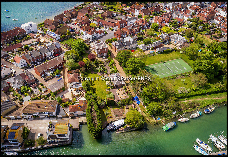 BNPS.co.uk (01202 558833)<br /> Pic: Strutt&Parker/BNPS<br /> <br /> Park your car at the front and your boat out the back.<br /> <br /> Hello Sailor? - The perfect seaside residence for a lover of the sea.<br /> <br /> A luxury harbourside home with its own private dock in the back garden has launched on to the market - but you'll need a pirates treasure to afford it.<br /> <br /> £3.4million Wharf House is located in one of the country's best sailing communities in Emsworth, Hants, and is surrounded by water.<br /> <br /> From the front it has spectacular views over Chichester Harbour and at the back there is a mooring space for a large boat.