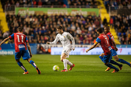 02.03.2016. Valencia, Spain. La Liga football. Levante versus Real Madrid.   Kovacic takes on Morales and Versa
