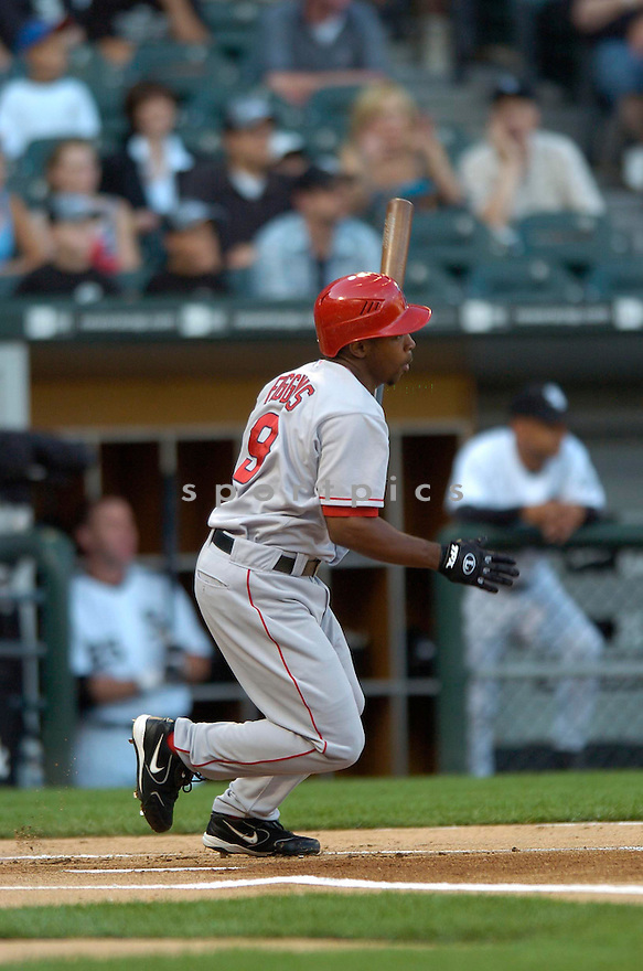 Chone Figgins, of the Los Angeles Angels, in aciton against the Chicago White Sox on August 7, 2006 in Chicago...Angels win 6-3..David Durochik / SportPics