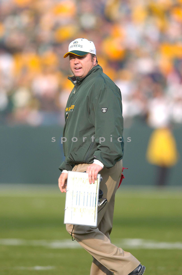 MIKE MCCARTHY, of the Green Bay Packers, in action during the Packers game against the Minnesota Vikings on November 11, 2007 in Green Bay, Wisconsin...Packers win 34-0...SportPics