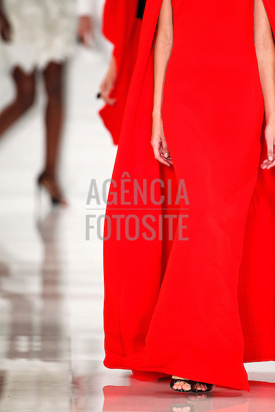 Nova Iorque, EUA ' 09/2013 - Desfile de Ralph Lauren durante a Semana de moda de Nova Iorque - Verao 2014.