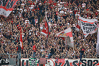 VfB Fans jubeln - 30.09.2017: Eintracht Frankfurt vs. VfB Stuttgart, Commerzbank Arena