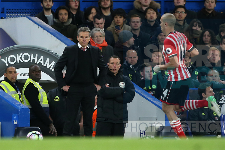 Southampton's Claude Puel looks on dejected during the Premier League match at Stamford Bridge Stadium, London. Picture date: April 25th, 2017. Pic credit should read: David Klein/Sportimage