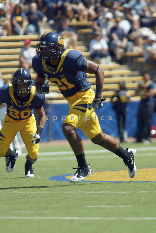 KEENAN ALLEN, of the California Golden Bears, in action during the Golden Bears game against the Colorado Buffaloes on September 11, 2010 in Berkeley, California...California won the game 52-7..