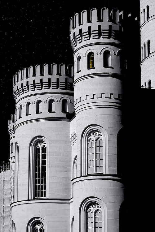 The restoration of two corner towers of the castle Granitz in Binz in the dark and with stars..