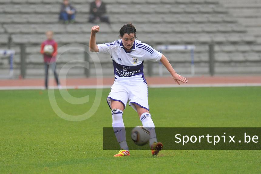 RSC Anderlecht Dames - Standard Femina de Liege : Cecile De Gernier.foto JOKE VUYLSTEKE / Vrouwenteam.be