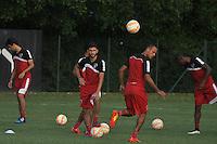 SÃO PAULO, SP, 29.04.2015 - TREINO - SÃO PAULO FC - Boschilia do São Paulo durante treino da equipe no Centro de Treinamento da Barra Funda região oeste de São Paulo, nesta quarta-feira, 29. (Foto: Bruno Ulivieri/Brazil Photo Press/Folhapress).