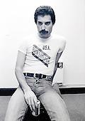 Dec 09, 1980: QUEEN - Freddie Mercury photosession London