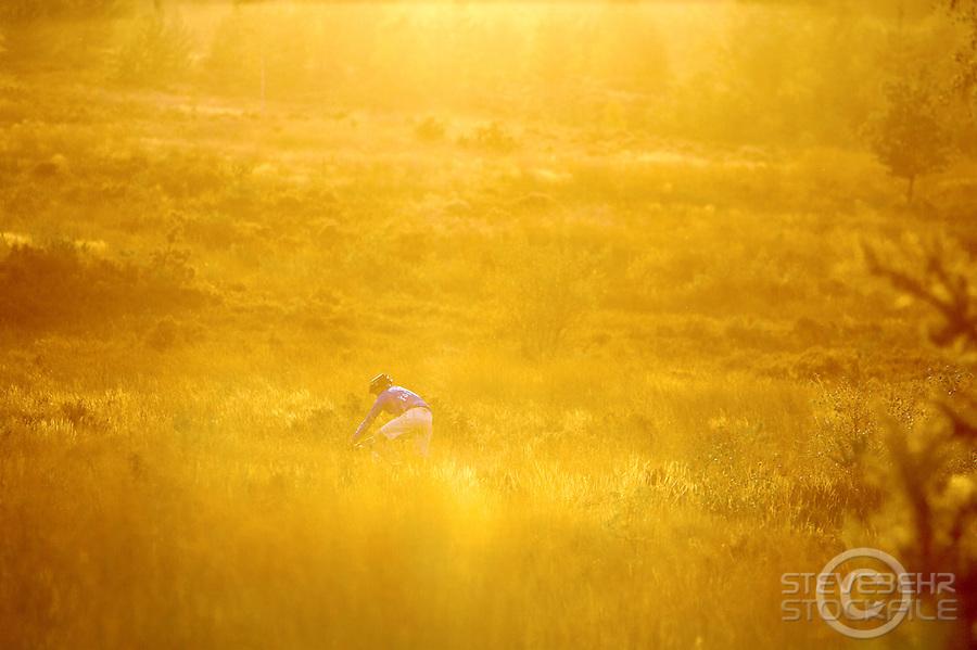Sam Gardner xterra shoot..chobham common, September 2008..pic copyright Steve Behr / Stockfile