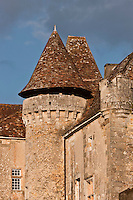 Europe/France/Aquitaine/24/Dordogne/ Saint-Jean-de-Côle: Le Château de la Marthonye ou de la Marthonie, XIVe siècle, XVe siècle, XVIe siècle et XVIIIe siècle, classé monument historique -Plus Beaux Villages de France