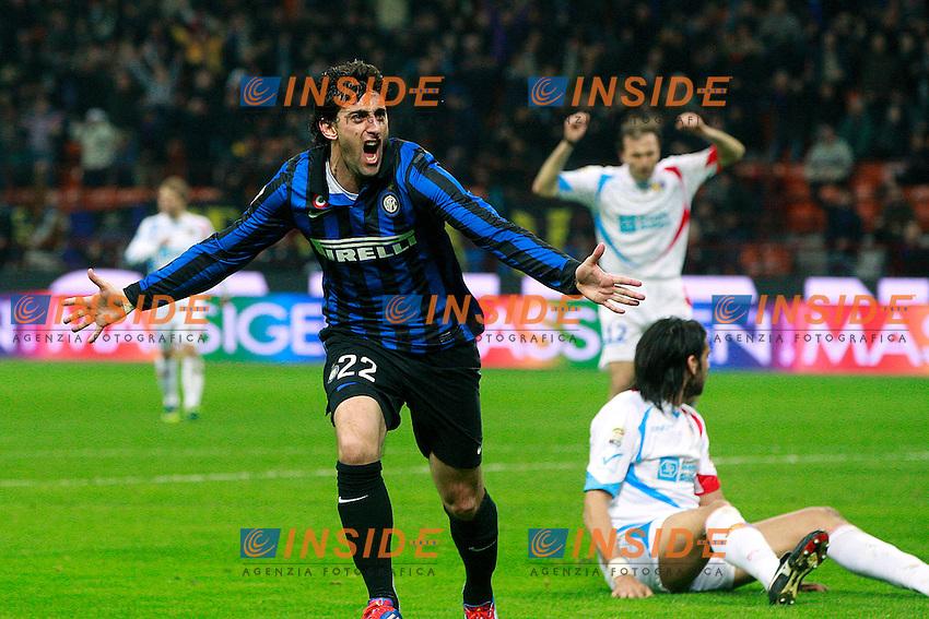 """Esultanza di Diego Milito Inter.Goal celebration.Milano 04/03/2012 Stadio """"S.Siro"""".Football / Calcio Serie A 2011/12 Inter vs Catania.Foto Insidefoto Paolo Nucci."""