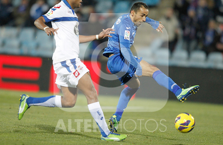 Getafe's Diego Castro during La Liga match. February 01, 2013. (ALTERPHOTOS/Alvaro Hernandez)
