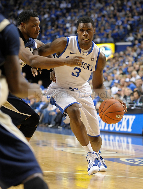 Terrence Jones (3) drives hard to the lane during the first half of the University of Kentucky Basketball game against Chattanooga at Rupp Arena in Lexington, Ky., on 12/17/11.  Photo by Mike Weaver | Staff