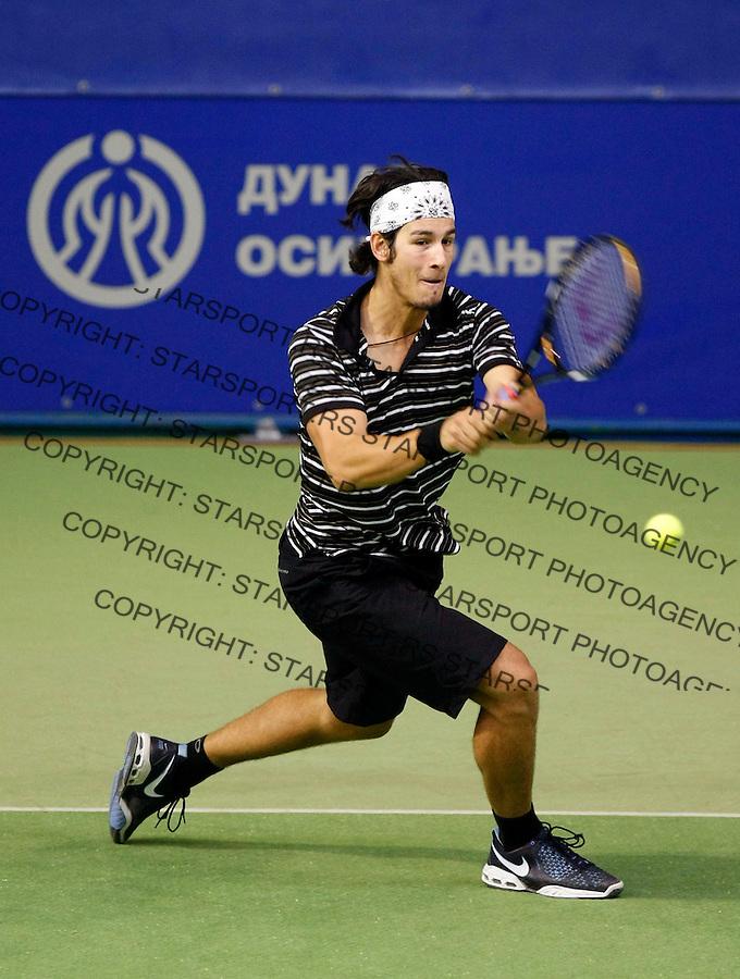 Tennis.Gemax Open 2010, FINAL.Ilija Bozoljac Vs. Karol Beck (SVK).Ilija Bozoljac returnes.Belgrade, 19.02.2010..foto: Srdjan Stevanovic©