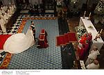 El principe Felipe de Borbon y Letizia Ortiz ofreciendo el ramo de novia en la Basilica de Atocha despues de su boda en la Catedral de la Almudena. Madrid, España, 22/05/04..Prince Felipe and Letizia Ortiz offering the flowers of the bride at Atocha Basilic after their wedding in Almudena Cathedral. Madrid, Spain, 05/22/04.