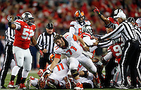 Illinois Fighting Illini offensive lineman Joe Spencer (71) comes out of the pile after a fumble that Ohio State recovered in the first quarter of the NCAA football game at Ohio Stadium on Saturday, November 1, 2014. (Columbus Dispatch photo by Jonathan Quilter)