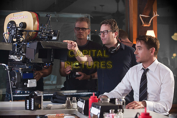 David Dobkin (Director), Robert Downey Jr.<br /> on the set of The Judge (2014) <br /> *Filmstill - Editorial Use Only*<br /> CAP/NFS<br /> Image supplied by Capital Pictures