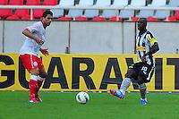 ATENÇÃO EDITOR: FOTO EMBARGADA PARA VEÍCULOS INTERNACIONAIS. - RIO DE JANEIRO, RJ, 09 DE SETEMBRO DE 2012 - CAMPEONATO BRASILEIRO - BOTAFOGO X NAUTICO - Seedorf, jogador do Botafogo, durante partida contra o Nautico, pela 23a rodada do Campeonato Brasileiro, no Stadium Rio (Engenhao), na cidade do Rio de Janeiro, neste domingo, 09. FOTO BRUNO TURANO BRAZIL PHOTO PRESS