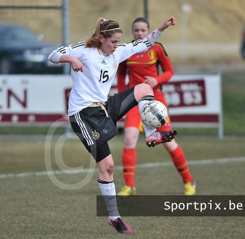 Belgie U17 - Duitsland U17 : Elisabeth Mayr .foto DAVID CATRY / Vrouwenteam.be