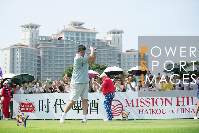 Yao Ming tees off the 10th hole during the World Celebrity Pro-Am 2016 Mission Hills China Golf Tournament on 22 October 2016, in Haikou, China. Photo by Marcio Machado / Power Sport Images