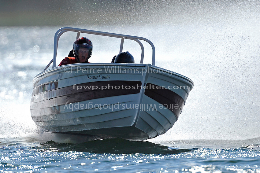 "Dave Greenlaw, Jr., JS-99 ""Veri Cheri Too""  (Jersey Speed Skiff(s)"