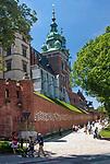 Zamek Królewski na Wawelu w Krakowie od ulicy Kanoniczej, Polska<br /> Wawel Royal Castle in Cracow from Kanonicza Street, Poland