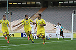 Naft Tehran vs Pakhtakor during the 2015 AFC Champions League group B match on April 22, 2015 at the Azadi Stadium in Tehran, Iran. Photo by Adnan Hajj /  World Sport Group