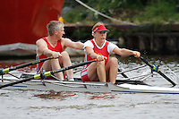 Mx.MasE.2x  Final  (189) Wycliffe Coll vs (192) Derwent<br /> <br /> Saturday - Gloucester Regatta 2016<br /> <br /> To purchase this photo, or to see pricing information for Prints and Downloads, click the blue 'Add to Cart' button at the top-right of the page.