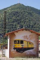 Europe/France/Languedoc-Roussillon/66/Pyrénées-Orientales/Conflent/Villefranche-de-Conflent: La gare d'ou part  le Train jaune de Cerdagne - Peinture murale célébrant  les 100 ans d'existance du train
