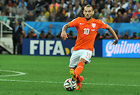 SAO PAULO - BRASIL -09-07-2014. Wesley Sneijder (#10) jugador de Holanda (NED) en acción durante partido de las semifinales con Argentina (ARG) por la Copa Mundial de la FIFA Brasil 2014 jugado en el estadio Arena de Sao Paulo./ Wesley Sneijder (#10) player of Netherlands (NED) in action during the match against Argentina (ARG) of the Semifinal for the 2014 FIFA World Cup Brazil played at Arena de Sao Paulo stadium. Photo: VizzorImage / Alfredo Gutiérrez / Contribuidor