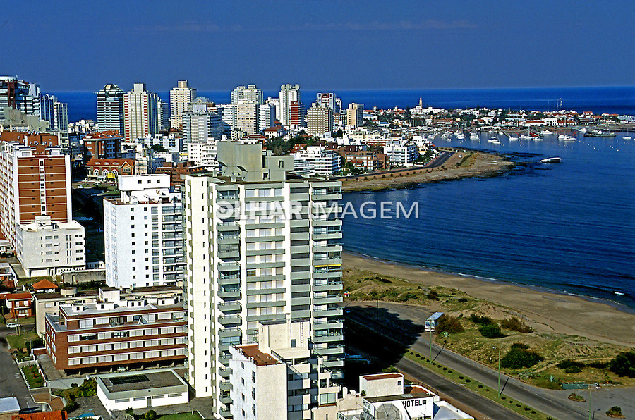 Cidade de Punta del Este, Uruguai. 2001. Foto de Rogério Reis.