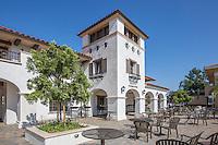 Scott Academic Center and Courtyard at Vanguard University