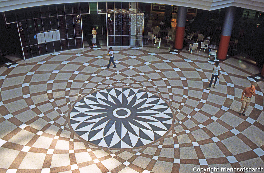 Helmut Jahn: State of Illinois Center, Chicago 1985. Rotunda floor, seen from street level entrance. (Michelangelo's Camidoglio?)  Photo '88.