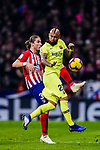 Filipe Luis of Atletico de Madrid (L) in action against Arturo Vidal of FC Barcelona (R) during the La Liga 2018-19 match between Atletico Madrid and FC Barcelona at Wanda Metropolitano on November 24 2018 in Madrid, Spain. Photo by Diego Souto / Power Sport Images