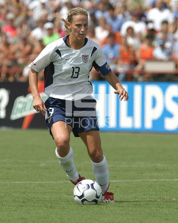 Kristine Lilly, USWNT vs Brazil.