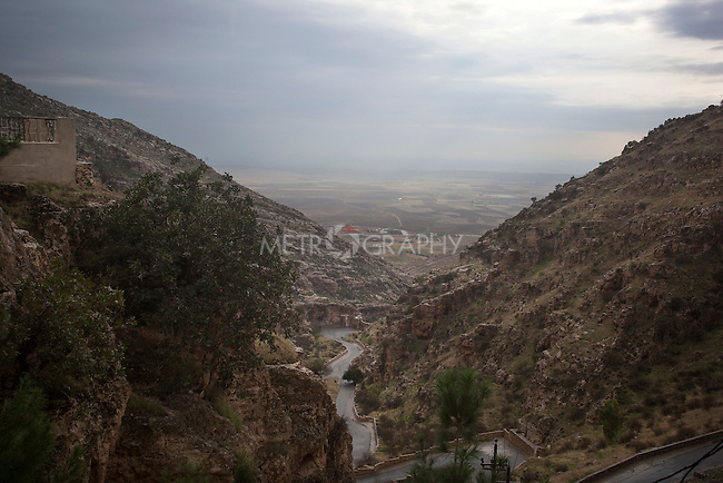 31/10/14. Alqosh, Iraq. Alqosh is seen from the Rabban Hermizd Monastery.