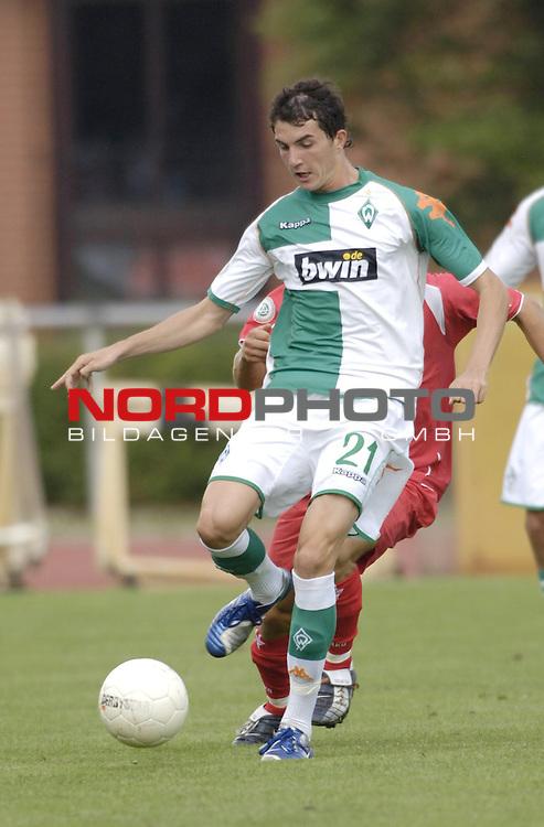 RLN 2006/2007 - 3.Spieltag Hinrunde; Werder Bremen II - BSV Kickers Emden<br /> <br /> Norman Theuerkauf<br /> <br /> Foto &copy; nordphoto