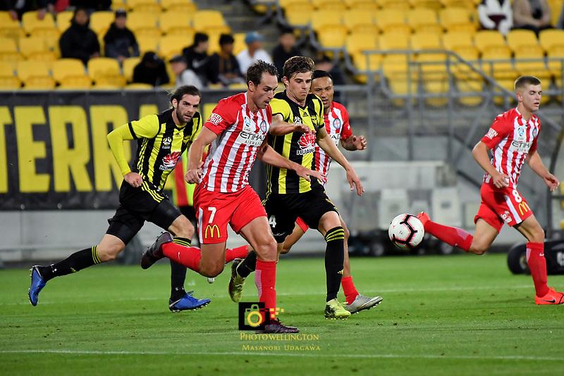 Melbourne City's Rostyn Griffiths and Wellington Phoenix' Amando Sosa Pena in action during the A League - Wellington Phoenix v Melbourne City FC at Westpac Stadium, Wellington, New Zealand on Saturday 26 January 2019. <br /> Photo by Masanori Udagawa. <br /> www.photowellington.photoshelter.com