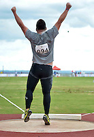 BRASÍLIA, DF, 30.11.2013 – GYMNASIADE 2013 – JOGOS MUNDIAIS ESCOLARES – O Atleta da China Sun Shuai venceu a prova de arremesso de peso masculino nos Jogos Mundiais Escolares, neste sábado, 30. Os jogos reúnem cerca de 40 países e mais de mil estudantes/atletas entre os dias 28 de novembro a 3 de dezembro em Brasília. (Foto: Ricardo Botelho / Brazil Photo Press).