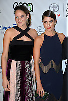 BURBANK, CA. October 22, 2016: Shailene Woodley &amp; Nikki Reed at the 26th Annual Environmental Media Awards at Warner Bros. Studios, Burbank.<br /> Picture: Paul Smith/Featureflash/SilverHub 0208 004 5359/ 07711 972644 Editors@silverhubmedia.com