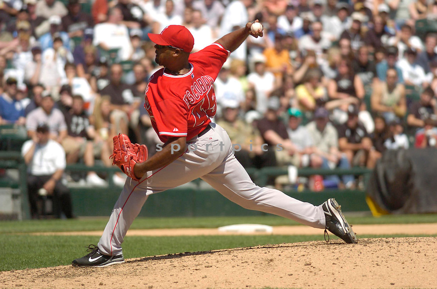 KELVIM ESCOBAR, of the Los Angeles Angels, in action during the Angels game against the Chicago White Sox in Chicago, Illinois  on April 29, 2007....Angels win 5-2...DAVID DUROCHIK / SPORTPICS..