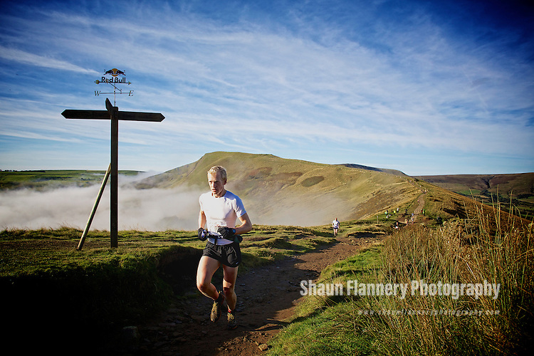 Pix: Shaun Flannery/shaunflanneryphotography.com...COPYRIGHT PICTURE>>SHAUN FLANNERY>01302-570814>>07778315553>>..7th October 2012..Redbull Steeple Chase..Castleton, Peak District, United Kingdom.