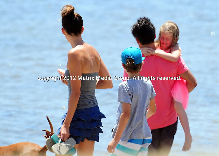 11 January 2013 SYDNEY AUSTRALIA ..EXCLUSIVE ..Jamie Durie enjoys a day out with the kids and his fiancé Lisa Christie. After getting a juice in Avalon the family took the dog for a walk before a late lunch at the Boathouse ...*No internet without clearance*.MUST CALL PRIOR TO USE ..+61 2 9211-1088.Matrix Media Group.Note: All editorial images subject to the following: For editorial use only. Additional clearance required for commercial, wireless, internet or promotional use.Images may not be altered or modified. Matrix Media Group makes no representations or warranties regarding names, trademarks or logos appearing in the images.
