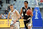 Mannheim 17.01.2009, NBBL Team Nord Ole Wendt gegen NBBL Team S&uuml;d Akeem Vargas im Spiel NBBL S&uuml;d - NBBL Nord beim BBL Allstar Day in der SAP Arena<br /> <br /> Foto &copy; Rhein-Neckar-Picture *** Foto ist honorarpflichtig! *** Auf Anfrage in h&ouml;herer Qualit&auml;t/Aufl&ouml;sung. Belegexemplar erbeten.